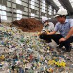 'Ngập' trong rác thải nhựa vì thiếu quy chuẩn, tiêu chuẩn