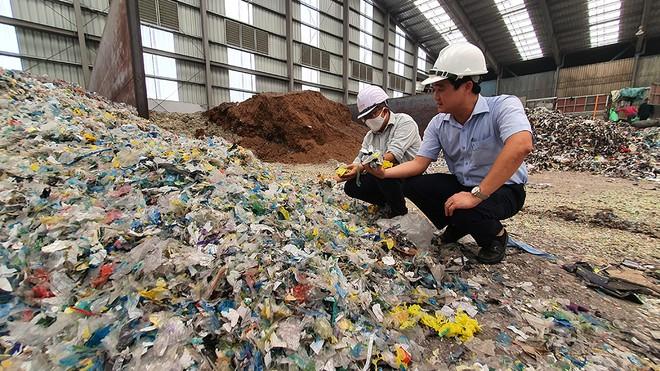 Nhà máy xi măng Bút Sơn ở Hà Nam đẩy mạnh đưa chất thải nhựa vào quá trình sản xuất xi măng - icert global