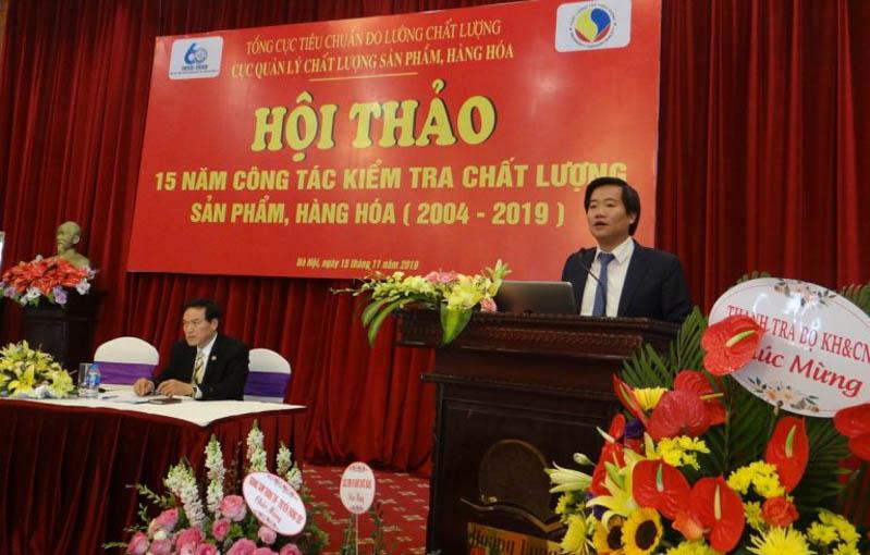 Ông Nguyễn Hoàng Linh – Phó Tổng cục trưởng Tổng cục TCĐLCL phát biểu tại Hội thảo 15 năm công tác kiểm tra chất lượng sản phẩm hàng hóa. Ảnh minh họa: tcvn.gov.vn